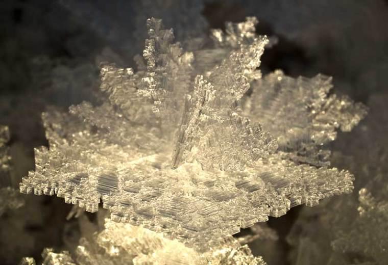 big_ice_crystal_800