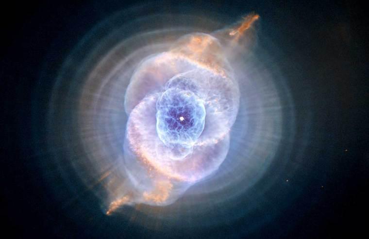 Cat's-Evey-Nebula