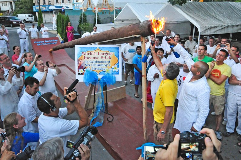 Guinness World Record: World's Largest Incense Stick